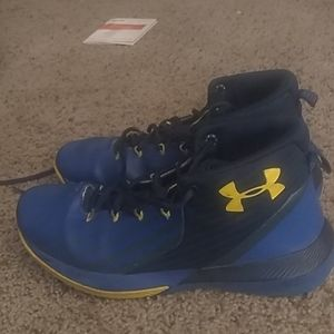 Under Armor UA lockdown 3 Basketball Shoes